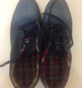 Джинсовые кроссовки