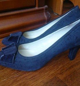 Туфли замшевые женские, новые,41 размер