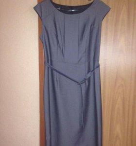 Платье классическое 46
