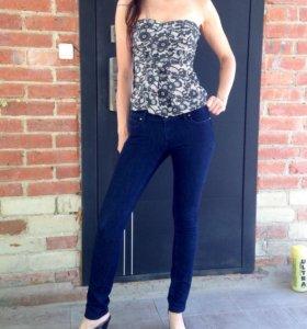 Новые джинсы Colin's 25 размер