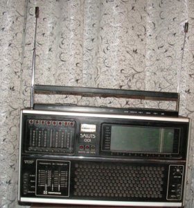 Радиоприемник высшего класса Салют -001
