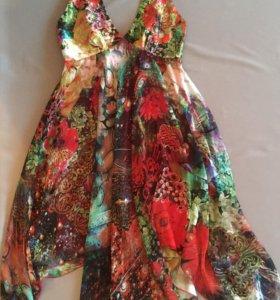 Новое шелковое дизайнерское платье