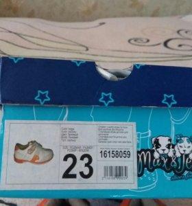 Детская обувь размер 23
