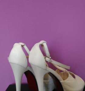Туфли кожаные 38 новые