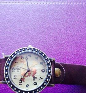 Часы женские бу