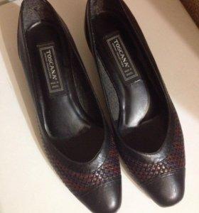 Женские кожаные туфли Toscana