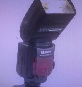 Фотовспышка Triopo TR-981c для Сanon