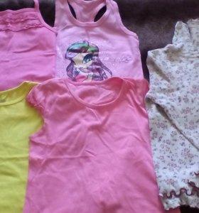 Одежда для девочки на 4-6 лет.