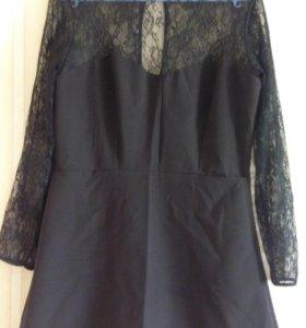 Маленькое черное платье.