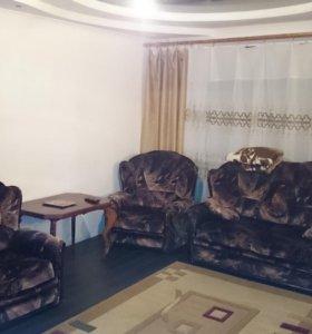 Трёх комнатная квартира в п.Мостовской