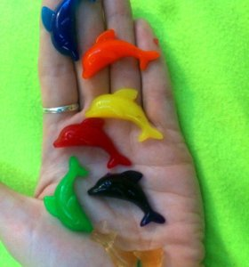 Гидрогель в форме дельфинов