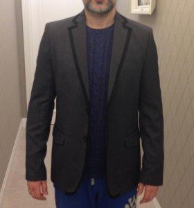 Новый мужской пиджак 48-50 L