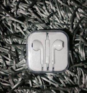 Гарнитура EarPods для iPhone / iPad