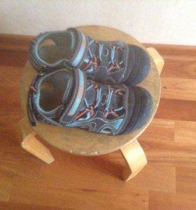 сандалии 30размер
