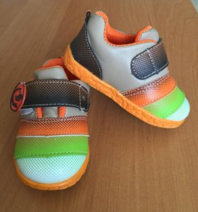 Ботиночки-кроссовки