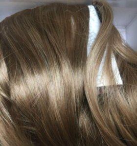 Пряди волос русого цвета