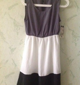 Платье новое р-р М (42-44)