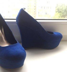 Madden girl,Туфли, синие, танкетка,36/5 размер.