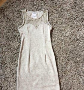 Платье размер 42, цвет серый, было одето 1 раз