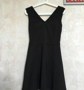 Платье Reserved р-р 34