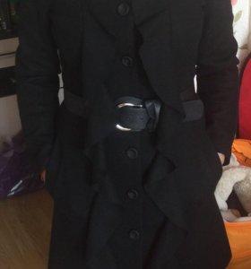 Пальто демисезонное 44р