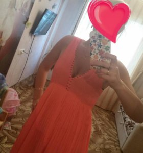 Платье befree ,состояние нового