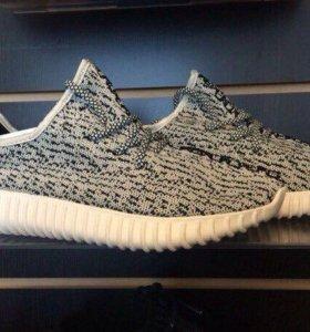 Кроссовки Adidas YEEZZY BOOTS