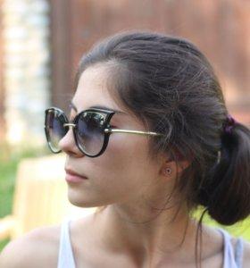 Очки модные солнцезащитные