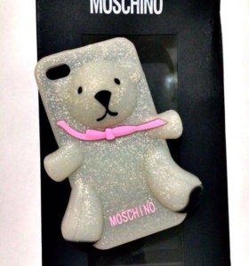 Мишка Moschino на ваш iPhone 4s