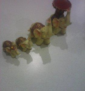 Набор из 4-ёх слонов