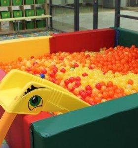 Сухой бассейн 9 кв.м.с шариками