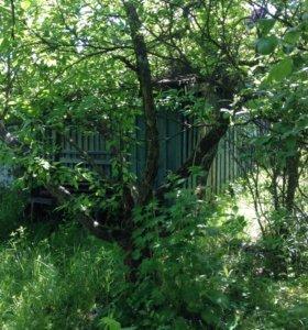 Земельный участок с садовым домом