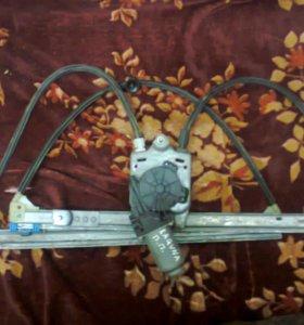 Стеклоподъёмник передний правый рено лагуна 2