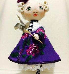 Грунтованная куколка на коньках ручная работа