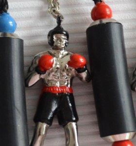 Брелок-боксёр