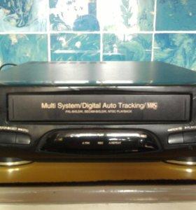 Видеоплеер LG-RN 830 AW  пишущий.