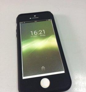 Чехол + защитное стекло для iPhone 5/5S/SE черный