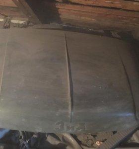 Капот автомобиля ЗИЛ 130(131)