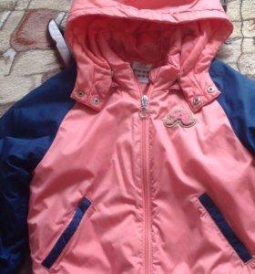 Куртка на девочку 6-7 лет.