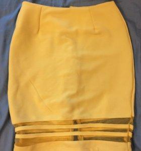 Юбка с молнией сзади. 40 размер