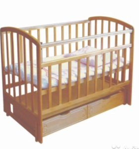 Кроватка с матрасом, бельем,  бамперами и балдахин