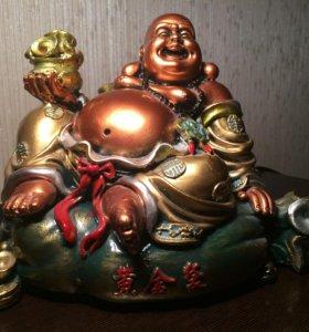 Статуя будда