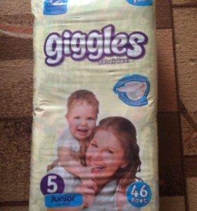 Подгузники детские giggles