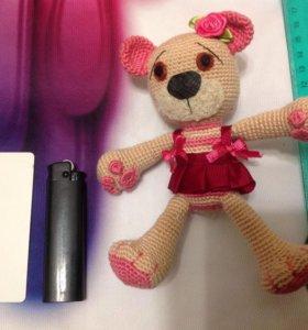 Вязаная игрушка ручная работа Медведица