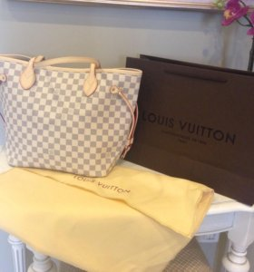 Louis Vuitton neverfull mm white