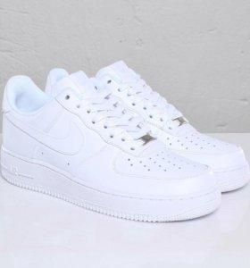 Кроссовки Nike Air Force 1 белые низкие (35-45)