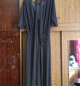 Платье  ,в горох,  50-54 размер