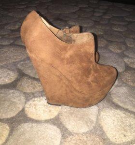 Замшевые ботиночки 35-36 размер