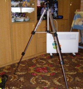 Штатив Fotomate PT-18