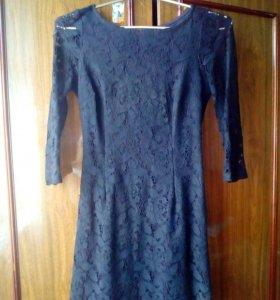 Женское платье р42-44